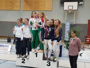 Alice médaillée de bronze avec l'équipe de france