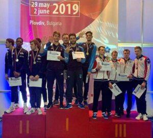 Rafael et ses coéquipiers de l'équipe de France décrochent la médaille d'argent